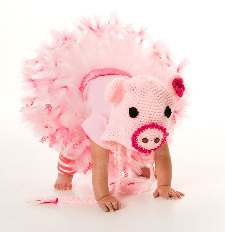 25 best ideas about piglet costume on pinterest pig costumes mommy baby halloween costumes. Black Bedroom Furniture Sets. Home Design Ideas