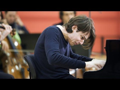 Swing, Sing & Think: David Fray – Bach's Keyboard Concertos (HD 1080p) - YouTube   am in love with this creative film