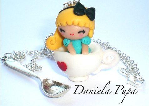 Collana Alice and tea cup, by Daniela Pupa kawaii Jewels, 15,00 € su misshobby.com