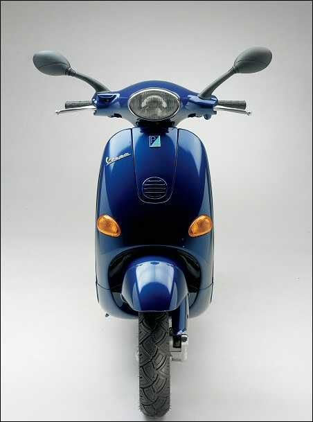 best 25 vespa et2 ideas on pinterest piaggio vespa. Black Bedroom Furniture Sets. Home Design Ideas