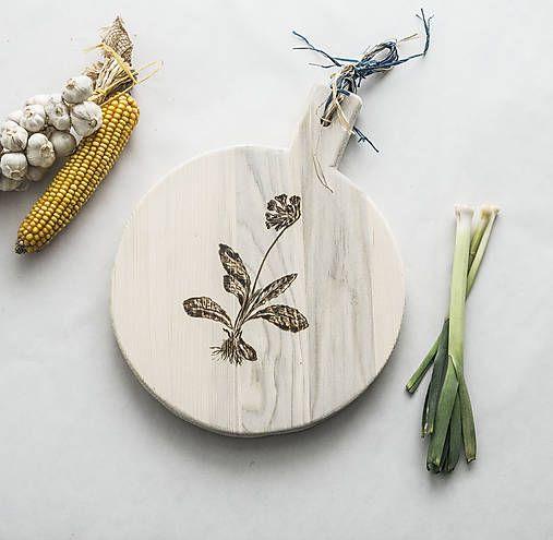 DIY handmade ChopperArt natural kitchen ChopperArt / Drevený lopár - prvosienka