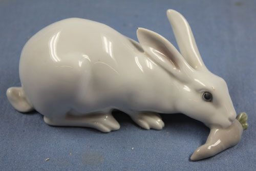 Seltener-Hase-Porzellanfigur-rabbit-metzler-ortloff-porzellan-figur