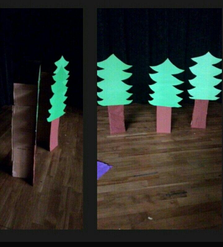 Sahne dekoru ağaç