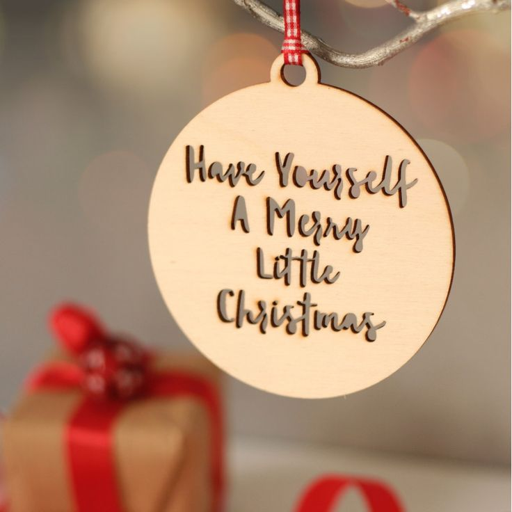 Personalised wooden bauble Christmas decoration | hardtofind.