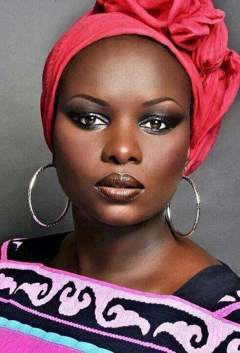 Why Do Africans (People of African Descent ) Bleach Their Beautiful Dark Skin,