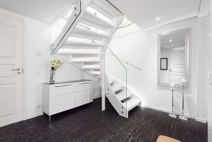 Glass and wood staircase, staircase renewall, Zeta Design staircase