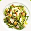 Salade de poire asiatique et d'avocat Recettes | Ricardo - rajouter poulet pour un met complet