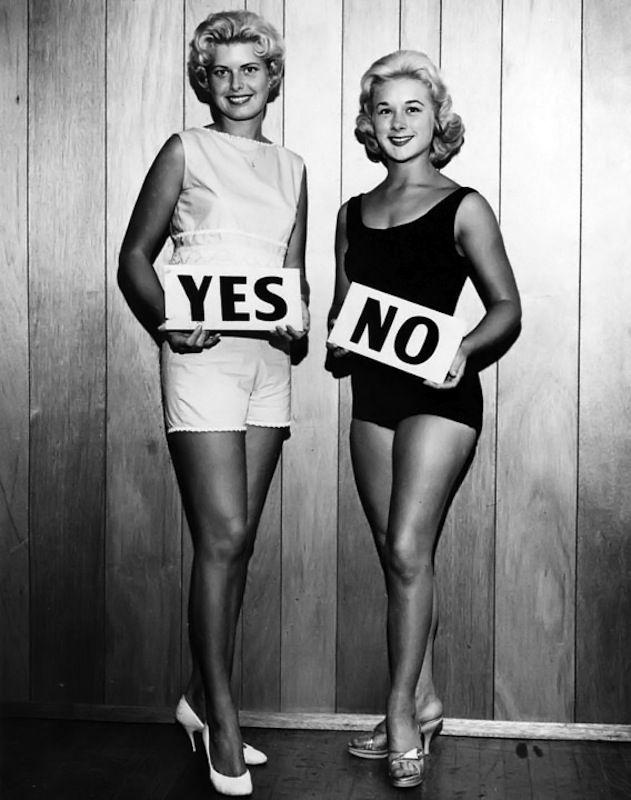 Vintageville . Blonde or brunette? * Design Catwalk