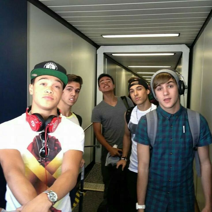 IM5 Will- cheesy Gabe- smolder Cole- Hey! Dana- Professional David- Half smile