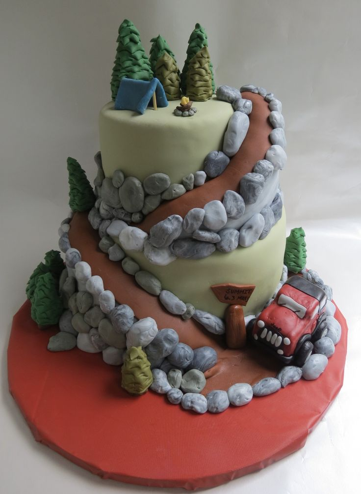 Mountain and jeep groom's cake