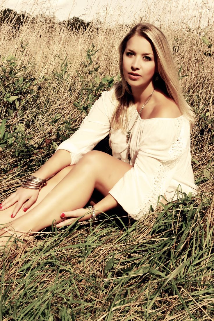 Models outdoor dildo photo 4