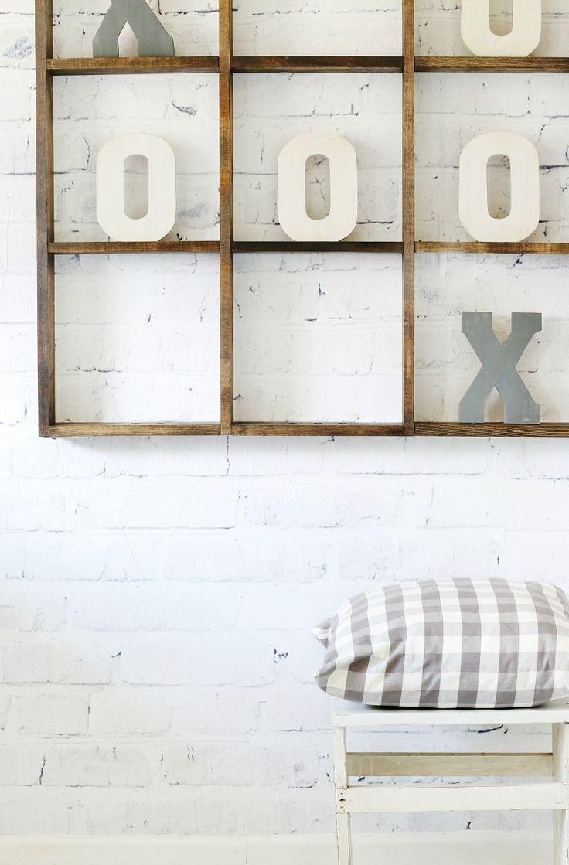 Patio wall decorating ideas - Diy Tic Tac Toe Wall Game