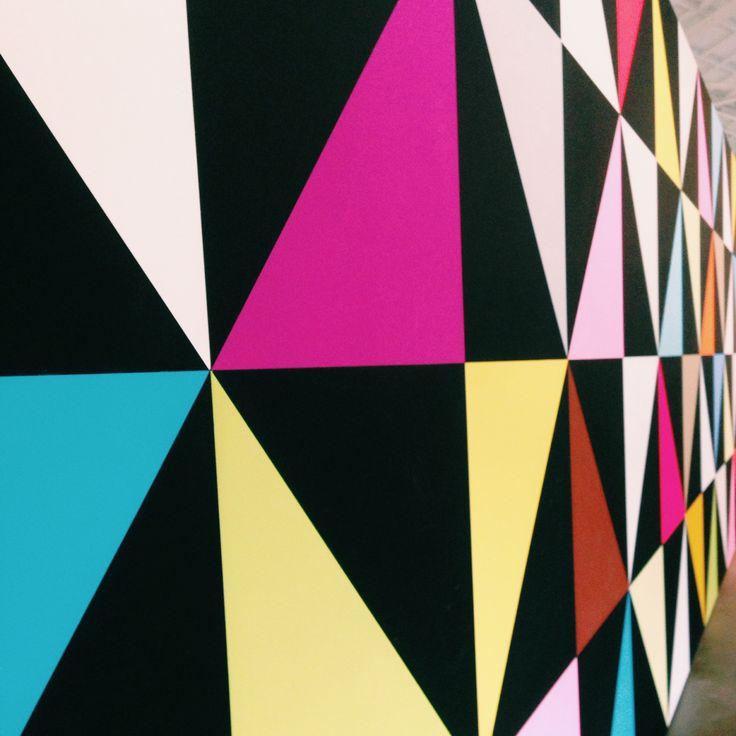 Bright colors bij Piet Hein Eek op Strijp-S tijdens de DDW