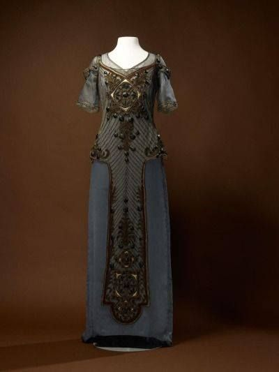 Callot Soeurs evening dress, 1910-1915. From the Amsterdam Museum