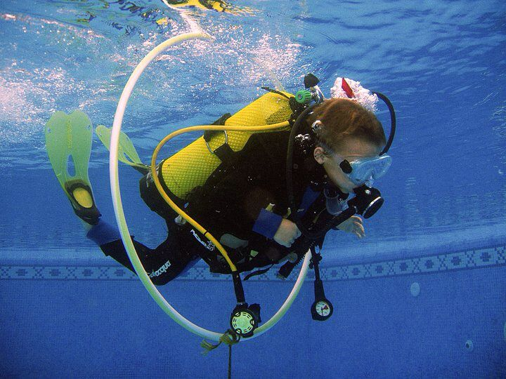 Become weightless under the water