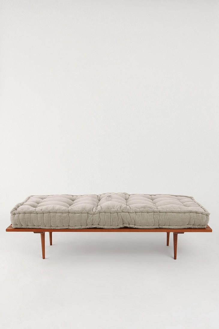 Tufted cushion bench. If only it were the right dimensions.
