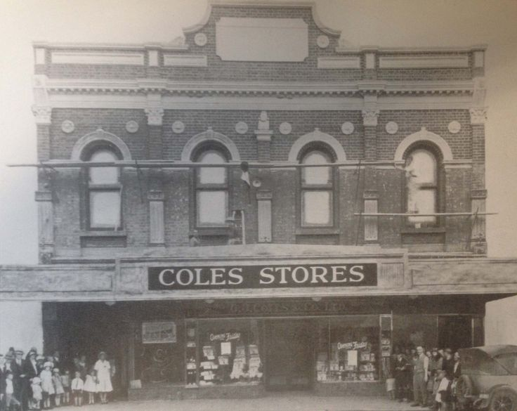 Flash back to 4 March 1932 - Opening Day of Coles Store at 402 Sydney Road. The ground floor of Bates Building has been completely remodelled by local builder Robert Irvine, although, as we can see, the painters are still at work on the first floor facade. Coles stayed open till 1954.