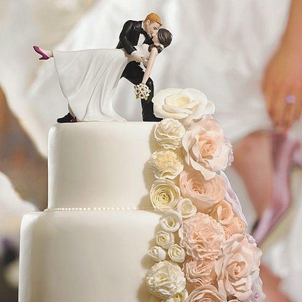 Romatic Wedding Cake