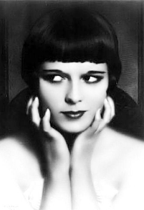 1920s Flapper Beauty - Louise Brooks