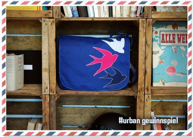beautiful messenger sailing bag out of sailing cloth i just found on facebook  #sailingbag #aroundtheworld #travelliing #canvas #canvasco #messenger bag