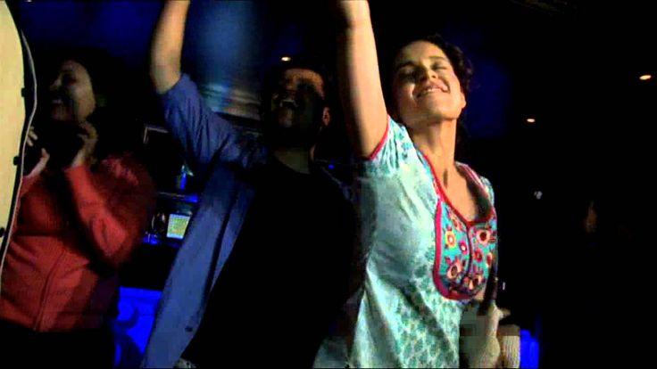 http://telugulocalnews.com/recent/drunken-kangana-ranaut-crazy-dance-in-pub/
