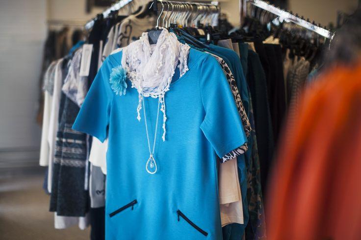 Boutique Oona Alennuksia, kilpailuja & stylisti palveluksessa Aina on tilaa vielä yhdelle mekolle!  Boutique Oonasta yksilölliset, persoonalliset vaihtoehdot arkeesi ja juhlaan. Stylisti on palveluksessasi, tehdään yhdessä asustasi täydellinen! #tampere #rakastampere #boutiqueoona #muoti