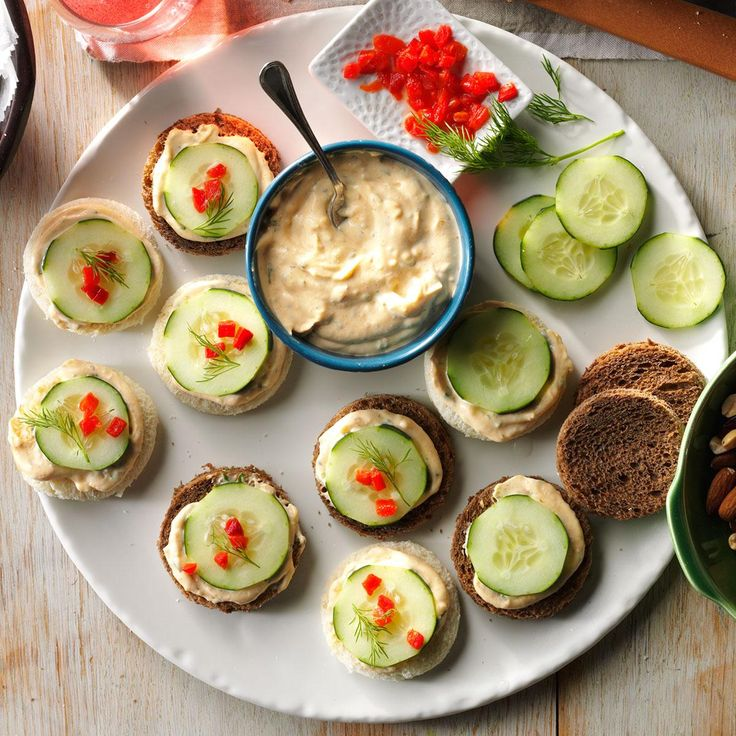 Cucumber canapes recipe canapes recipes finger for Canape sandwich