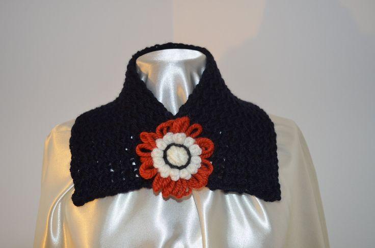 Sciarpa in pura lana merina , colore blu marino molto scuro di SaNaMarket su…