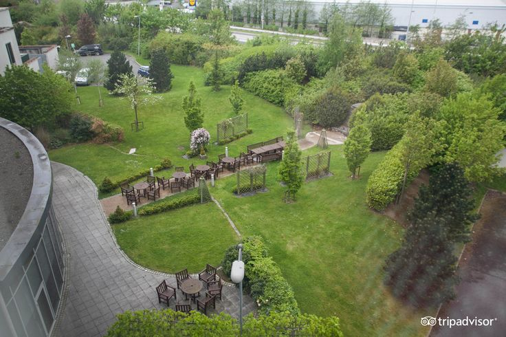 Another view of the garden, perfect for a BBQ http://www.carltonhotelblanchardstown.com/
