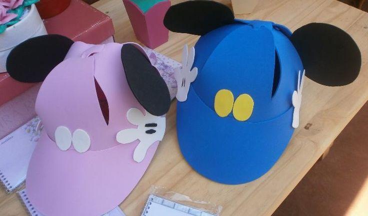 Gorras de foami de Mickey y Minnie | Manualidades para Cumpleaños