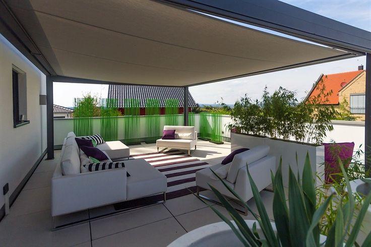 Outdoormöbel- Terrasse-gestalten- Loungemöbel- Sichtschutz-Pflanzen