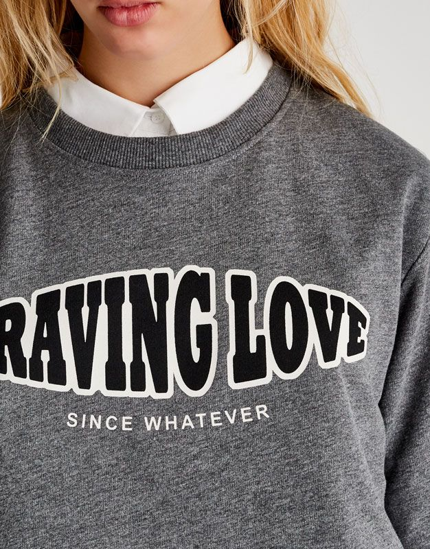 Cropped Craving Love Print Sweatshirt Sweatshirts Hoodies Clothing Woman Pull Bear Albania