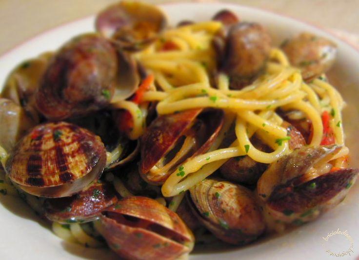 Briciole di Sapori           : Spaghetti alle vongole veraci