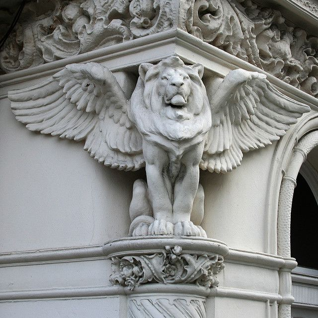 Winged Lion By Leo Reynolds Via Flickr Statues