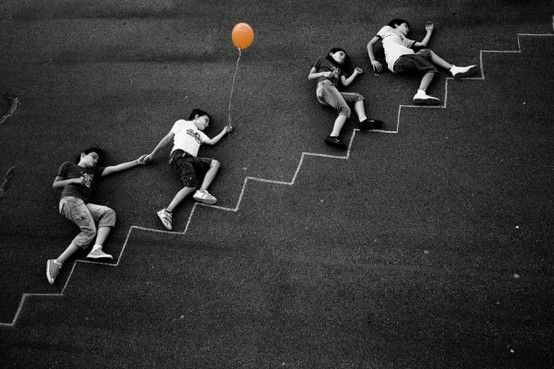 another fun chalk/balloons photography idea. found via abduzeedo. by Siidji