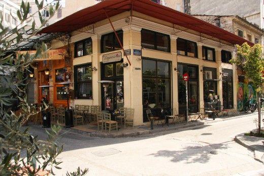 Το Σερμπετόσπιτο στου Ψυρρή: Mάλλον η γωνιά με τα καλύτερα old fashioned γλυκά της Αθήνα