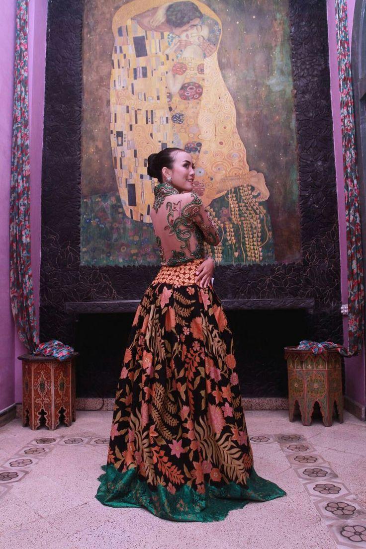 Dress by puspawarni Singosari-Malang