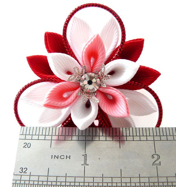 Kanzashi fabric flowers. Set of 2 ponytails . Red pink by JuLVa