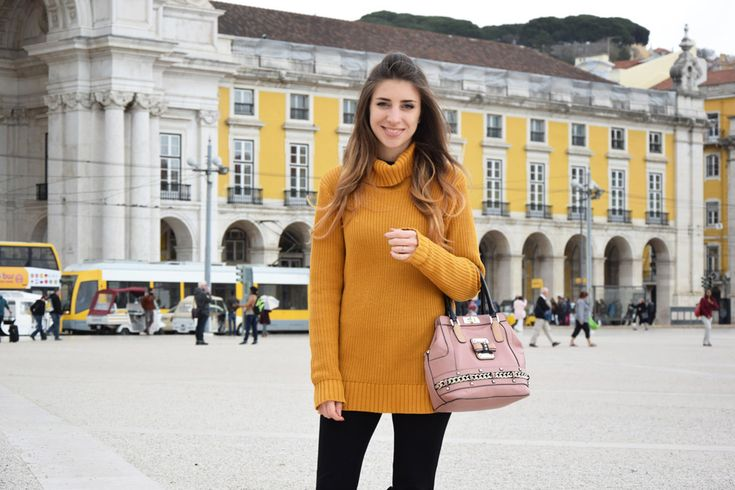 Outfit in Lisboa, fashion and travel blogger goes to Portugal