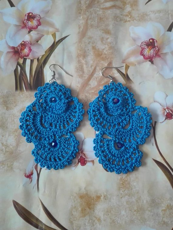 Hey, I found this really awesome Etsy listing at https://www.etsy.com/listing/513633302/crochet-blue-earrings