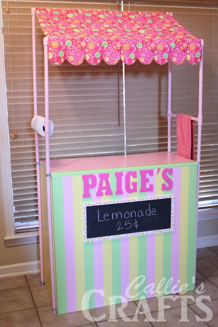 DIY Lemonade stand | Collapses for storage. I've got to make this for this summer. My girls will LOVE!!!