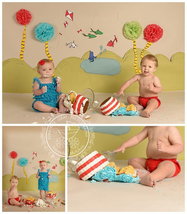 Dr. Seuss Twin Cake Smash | Virginia Beach Twin Baby Birthday Photographer | Kimberlin_Gray_Photography