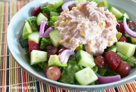Tuna and Sweetcorn Mayo Salad Slimming Eats Recipe Serves 2 Extra Easy – 4 syns per serving (1.5 syns without the avocado) Ingredients 1 tin of tuna 1/2 cup of tinned sweetcorn 6 tablespoons of extra light mayonnaise (3 syns) 6 tablespoon of fat free fromage frais juice of half a lemon salt and black...Read More »
