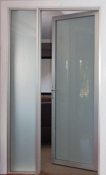 17 mejores ideas sobre puertas con vidrio en pinterest for Puerta corrediza de aluminio