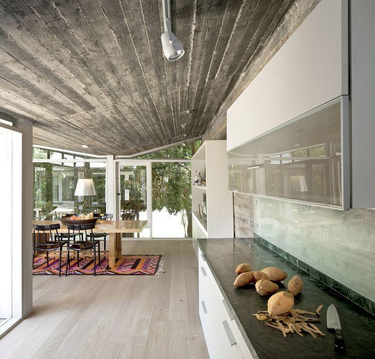 Jaggendorf House  / Yaniv Pardo Architects