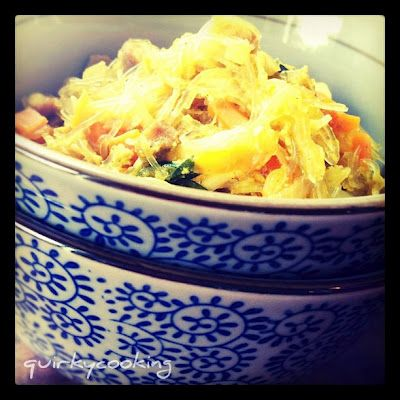 Quirky Cooking: Sue-Ellen's Singapore Noodles - all in one