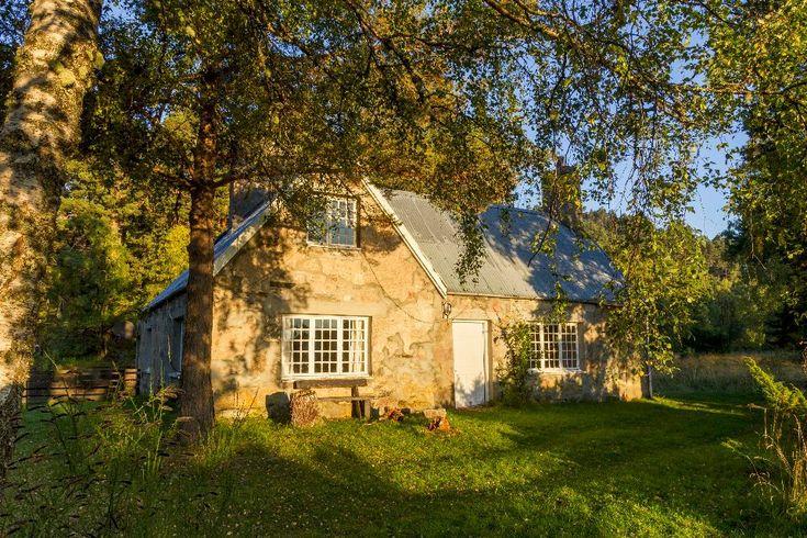 Loch an Eilein Cottage (pre-renovation)
