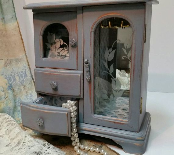 17 best ideas about shabby chic jewelry on pinterest for Belham living shabby chic waterford jewelry armoire