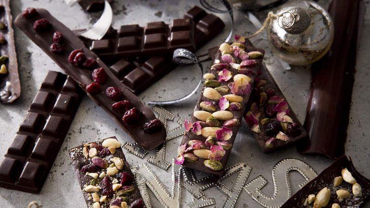Christmas chocolate bars, Gold almond praline & Gingerbread Christmas cookies, 3rd December 2013