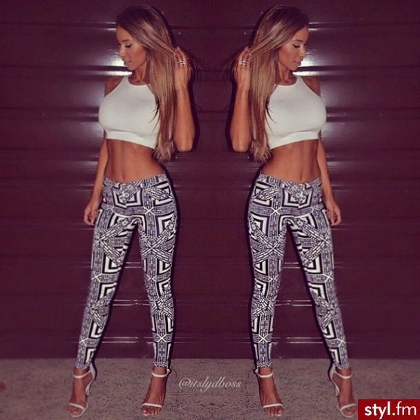 Crop Top Outfits With Leggings